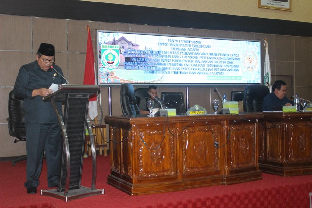 Paripurna Jawaban Pemerintah Atas Pandangan Umum Fraksi DPRD Terhadap RAPERDA  Pelaksanaa APBD tahun 2016