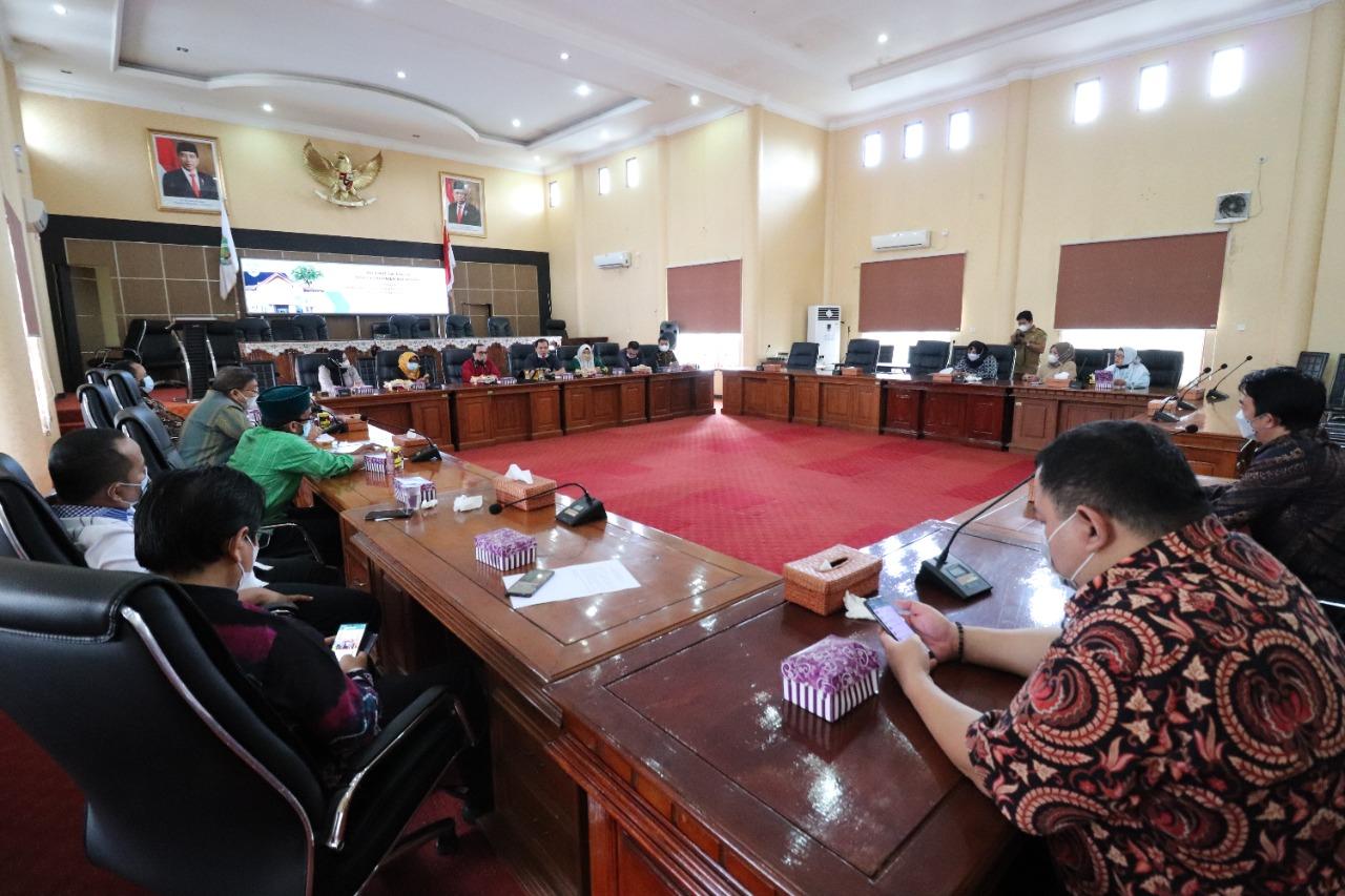 Dewan Balangan Terima Kunker Banmus DPRD Kalsel