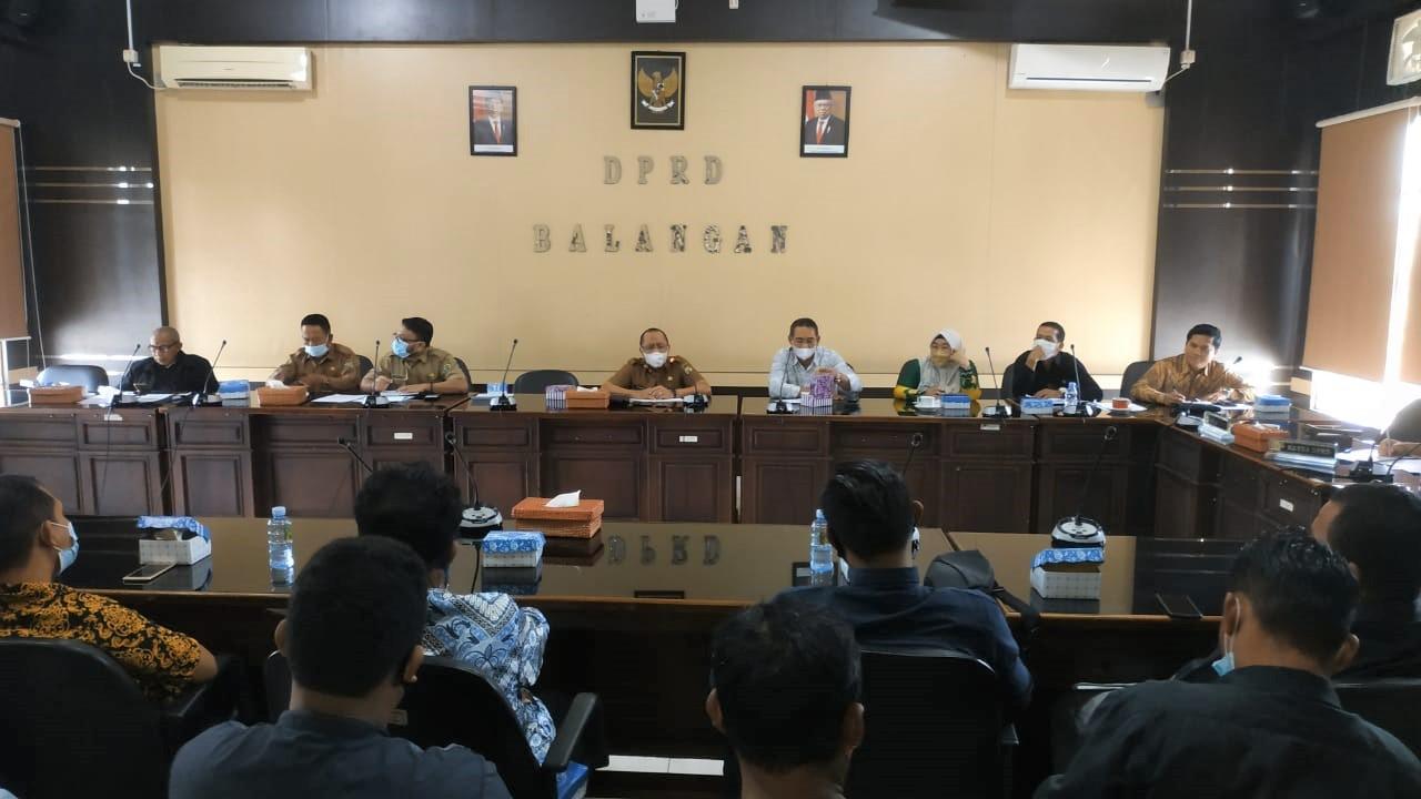 DPRD Kembali Gelar RDPU, Pertemukan Tenaga Kontrak Security dengan Sekda Balangan