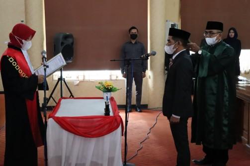 Resmi Dilantik, Hanil Tamjid Sah Jabat Wakil Ketua II DPRD Balangan